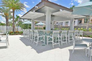 Solara Resort poolside bar