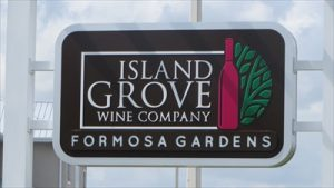 Wine Tasting Island Grove